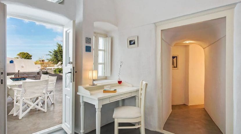Cave Villa For Sale Santorini 9
