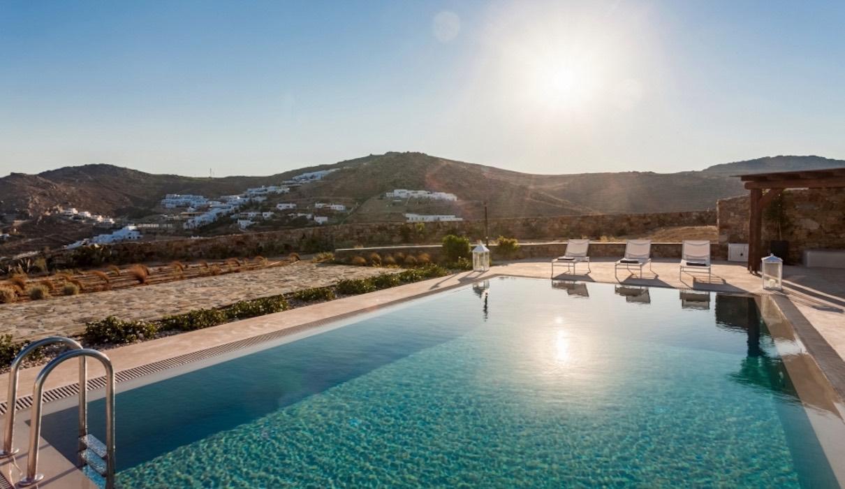 Villa in Mykonos for Sale, Elia
