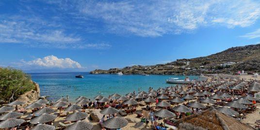 Beach Bar Restaurant in Mykonos For Sale