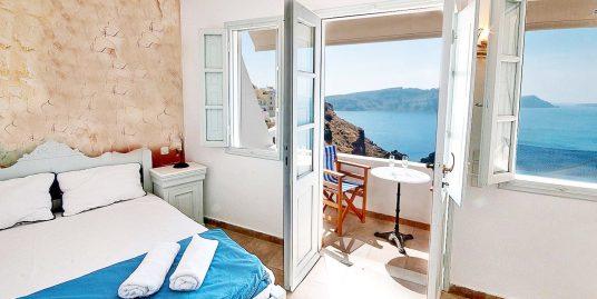 Caldera Villa For Sale at Oia Santorini