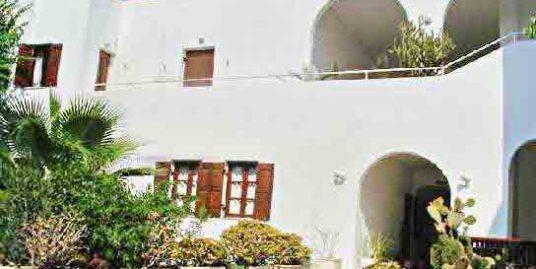 Hotel near the sea in  Santorini for sale – 28 Rooms