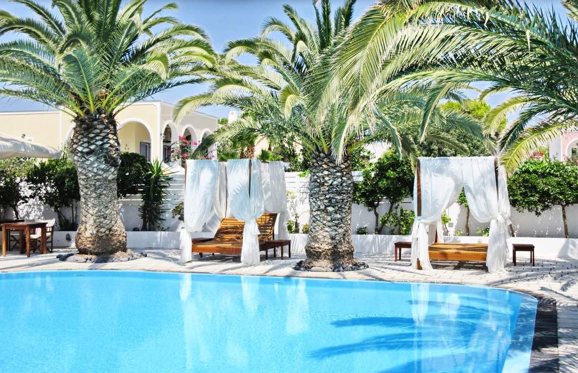 Hotel at the beach Santorini,Kamari – 30 rooms