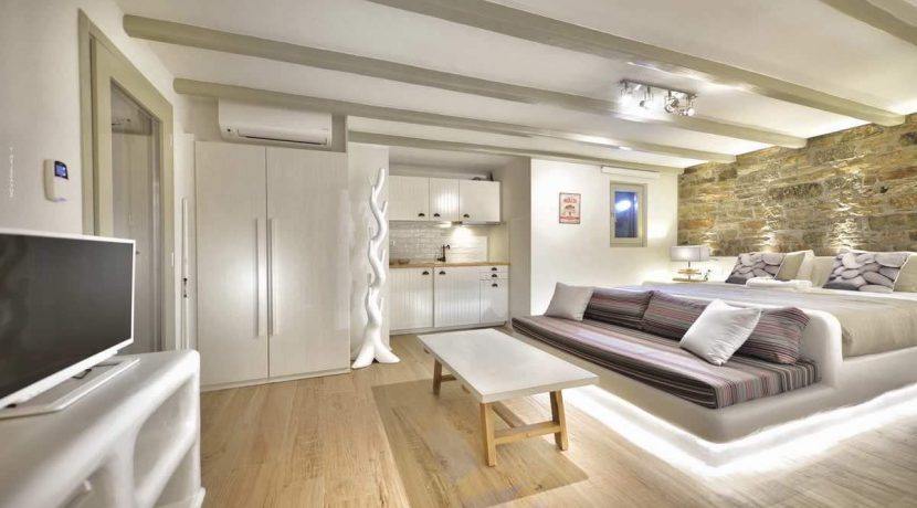 mykonos-luxury-villa-for-sale-29