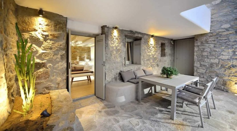 mykonos-luxury-villa-for-sale-31