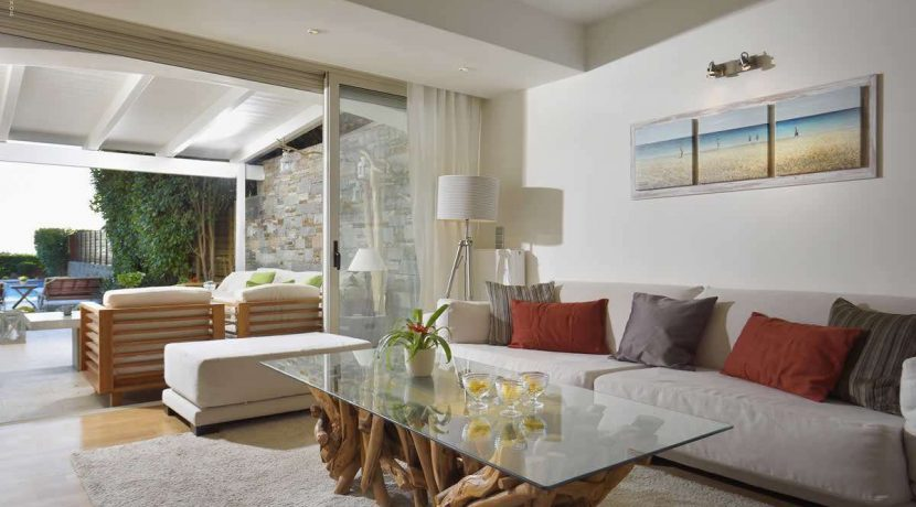 sea-view-villa-south-athens-for-sale-11