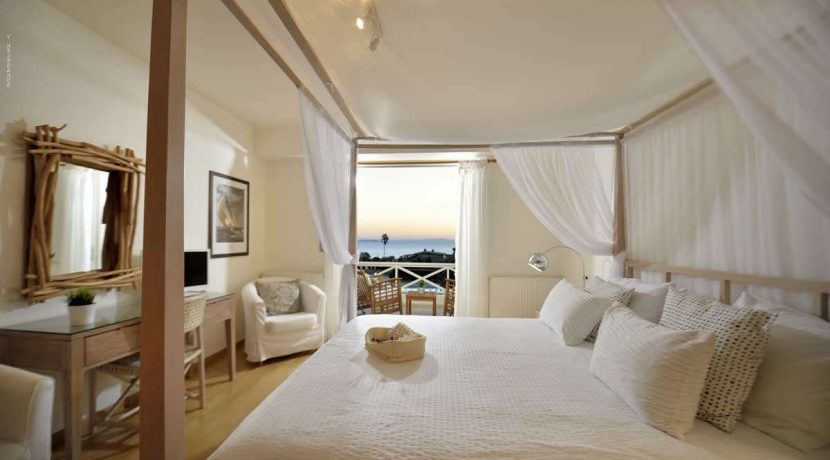 sea-view-villa-south-athens-for-sale-23