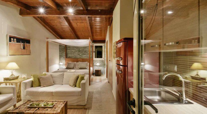 sea-view-villa-south-athens-for-sale-26