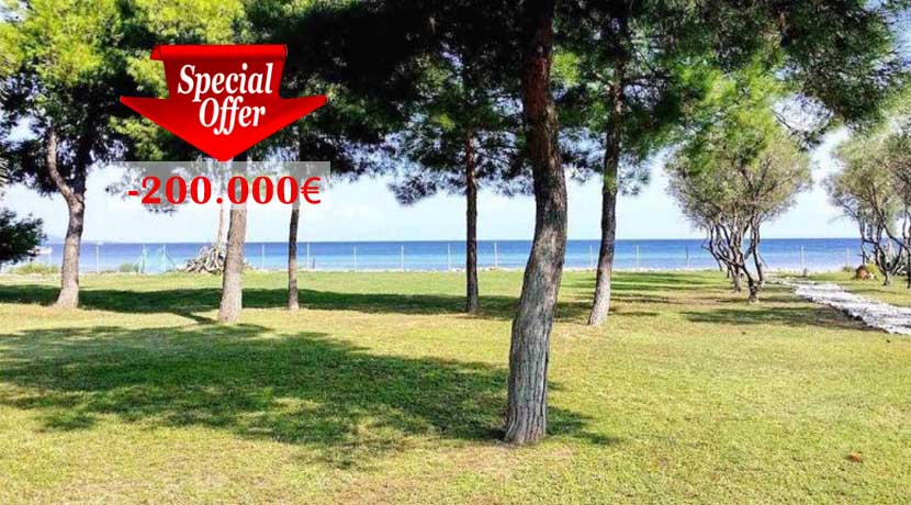 Seafront Villa at Halkidiki for Sale, Reduced Price -200.000€