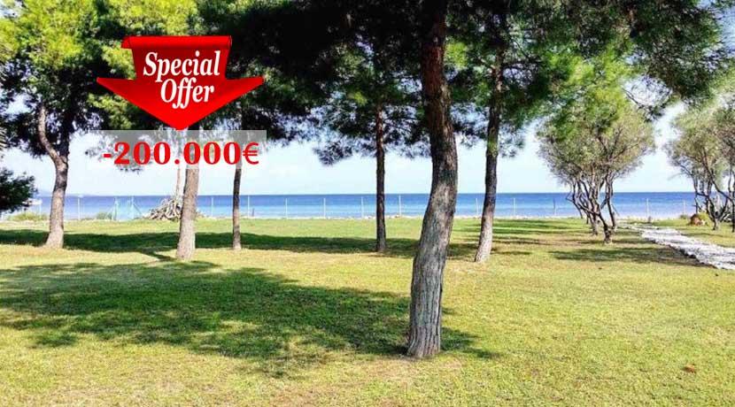 Seafront Villa at Halkidiki for Sale, Reduced Price -200.000€