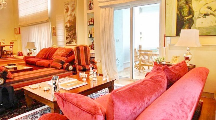 Top floor Apartment with swimming pool, in the center of Glyfada. Luxury aparmtnet at Glyfada Athens, Luxury Homes in Glyfada, Glyfada Homes for Sale 3