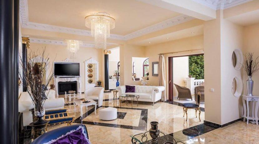 Luxurious ,Ancient Greek Style Villa in Crete 11