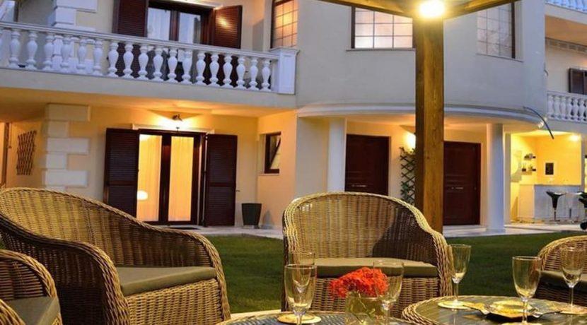Luxurious ,Ancient Greek Style Villa in Crete 15