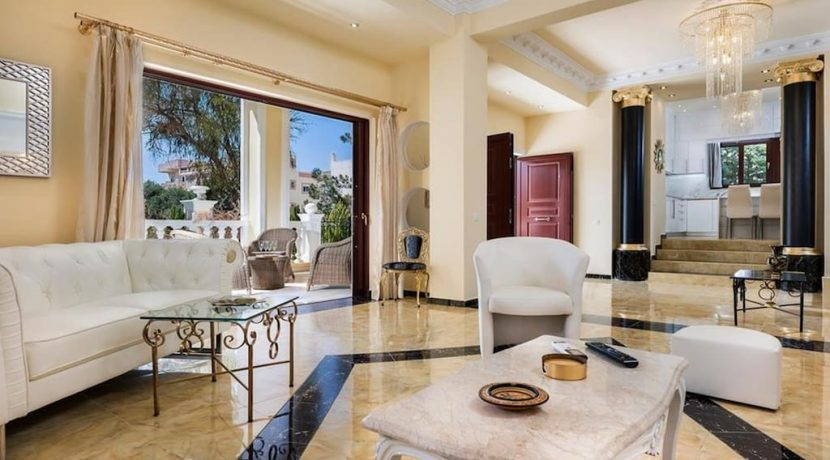 Luxurious ,Ancient Greek Style Villa in Crete 18
