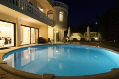 Luxurious ,Ancient Greek Style Villa in Crete 3