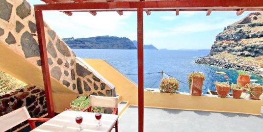 Hotel For Sale Ia Ammoudi Santorini – 8 apartments