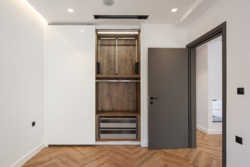 Luxury Apartment in Center of Athens, Ideal for GOLD VISA , Buy Apartment in Athens Greece, Gold Visa in Athens, House in Athens 11
