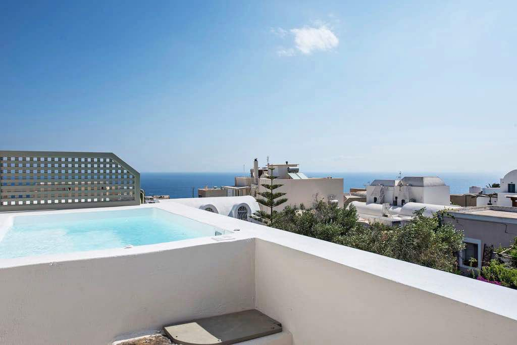 Luxury House for Sale Santorini with Jacuzzi Oia Santorini, 150 sq.m