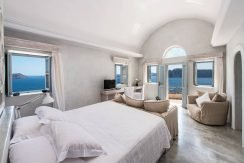 Oia for Sale 3