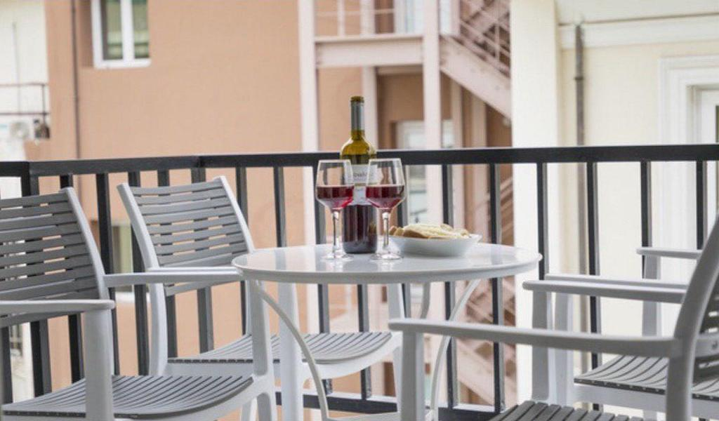 Renovated Apartment Athens, Metaxourgeio, Apartment for GOLD VISA in Athens 10