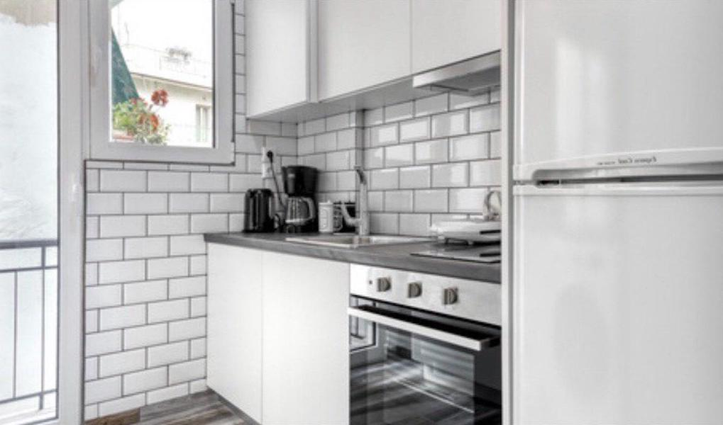 Renovated Apartment Athens, Metaxourgeio, Apartment for GOLD VISA in Athens 2