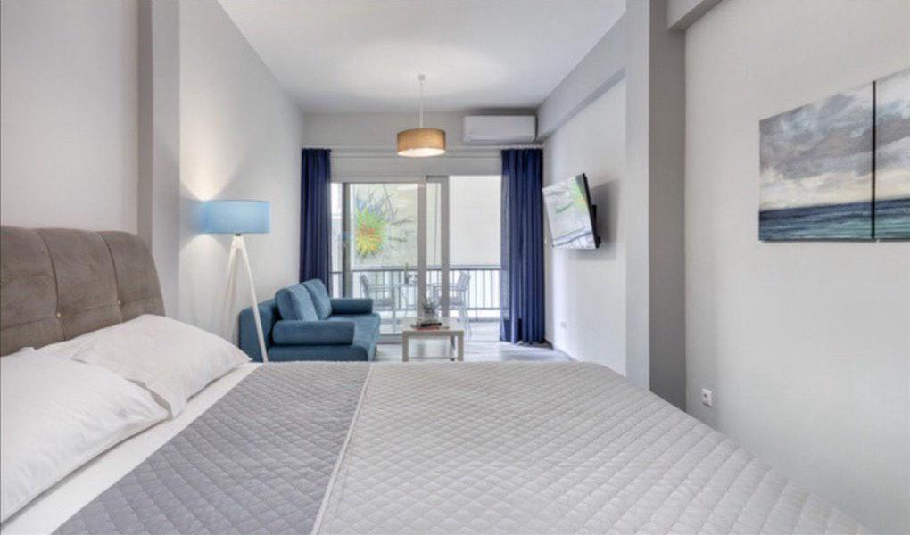 Renovated Apartment Athens, Metaxourgeio, Apartment for GOLD VISA in Athens 4
