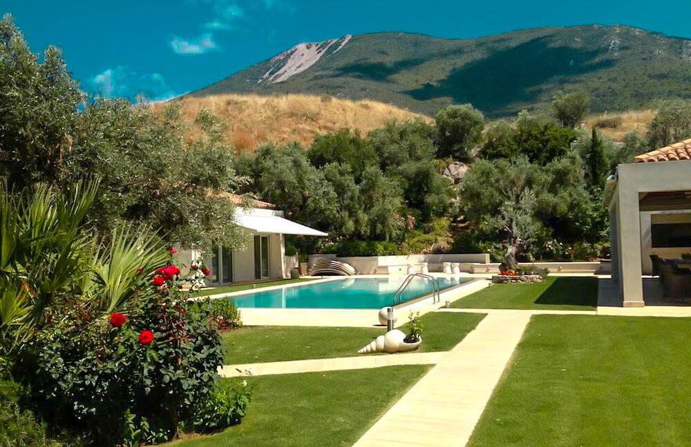 Seafront Luxury Villas For Sale in Attica, Greece 1