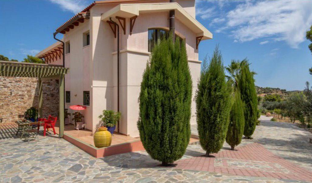 Villa for Sale In Athens close to the Airport, East Attica