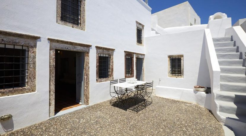 House Santorini Greece Pyrgos 4