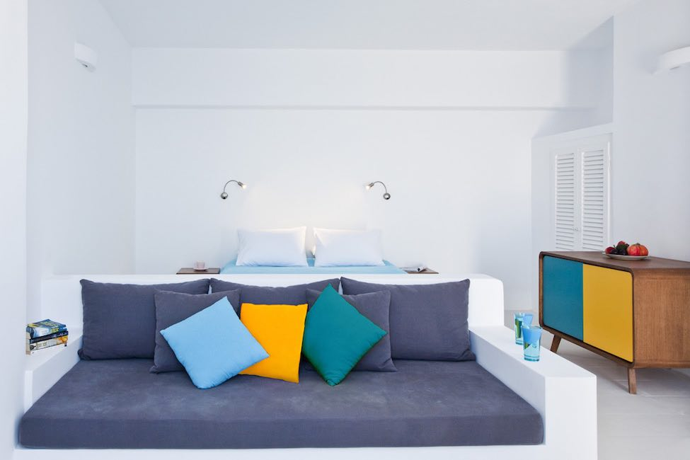 big investment in small hotel If you own a small hotel, this article is made for you we are talking about how it's time for small hotels to make it big in 2017 if you have a small budget and don't have a lot of freedom when it comes to shelling out big money for marketing.