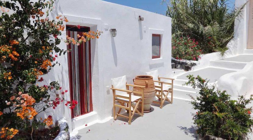 villa at Finikia Oia Santorini 1