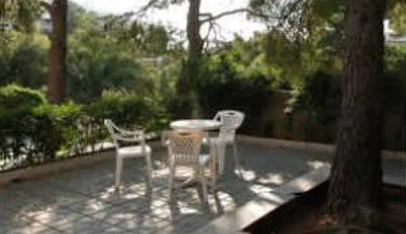 Hotel For Sale Vouiiagmeni Athens 1