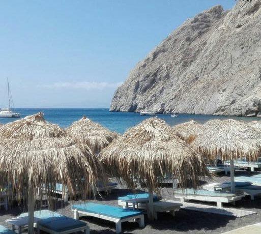 Restaurant on the Beach Santorini1