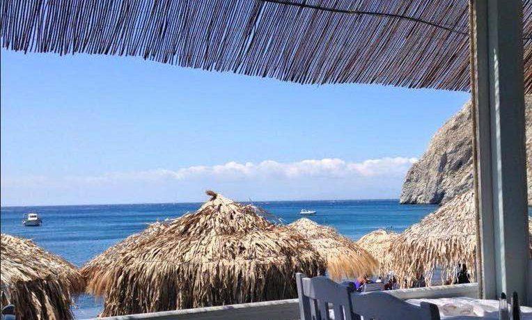 Restaurant on the Beach Santorini3