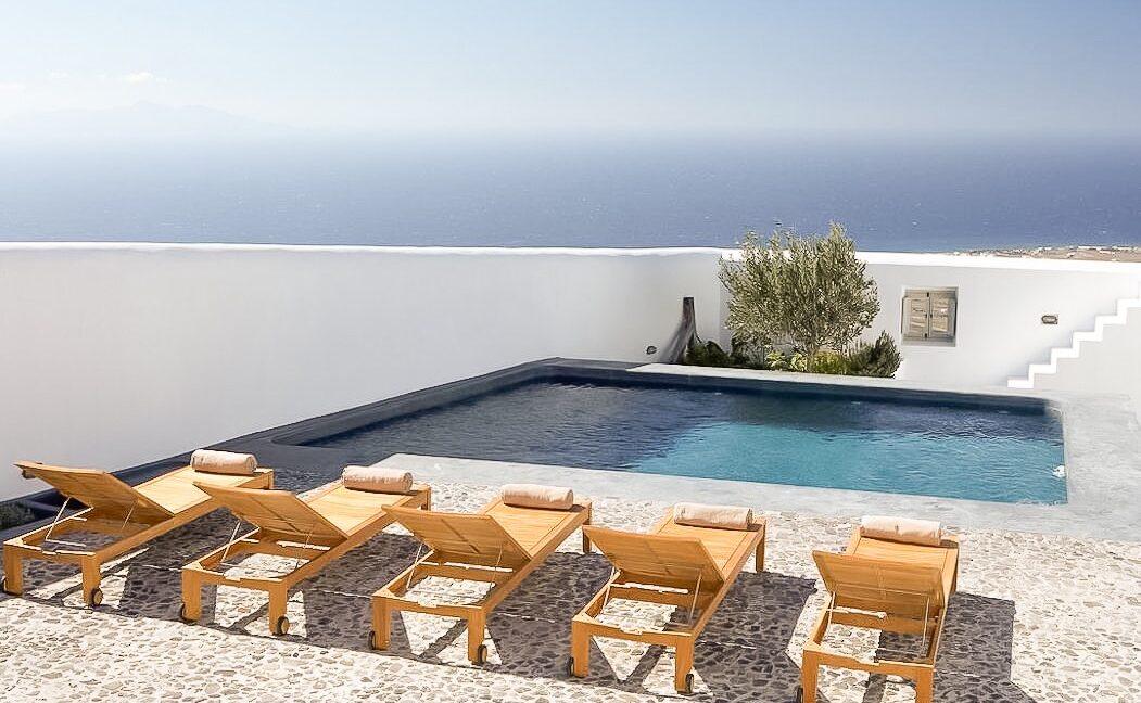 Big Villa in Santorini For Sale, Pyrgos