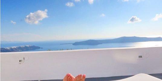 TOP! 2 Cave suites at Caldera in Santorini with amazing views – ROI 27%  EXCLUSIVE