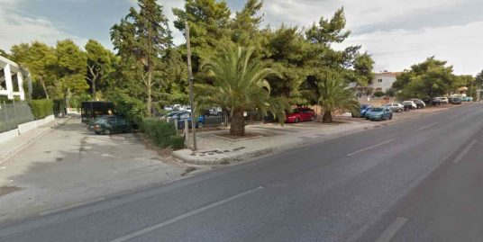 Land at Vouliagmeni Athens, Suitable for Commercial Use. Builds 800 sq.m