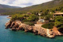 Luxury Sea front Villa in Attica FOR SALE - Porto Germeno, Distance from beach: 10m. Luxury Beachfront Estate Greece, Luxury Estates Greece