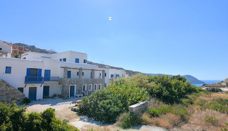 Property to be remodeled in a Luxury Suites Hotel in Mykonos 1