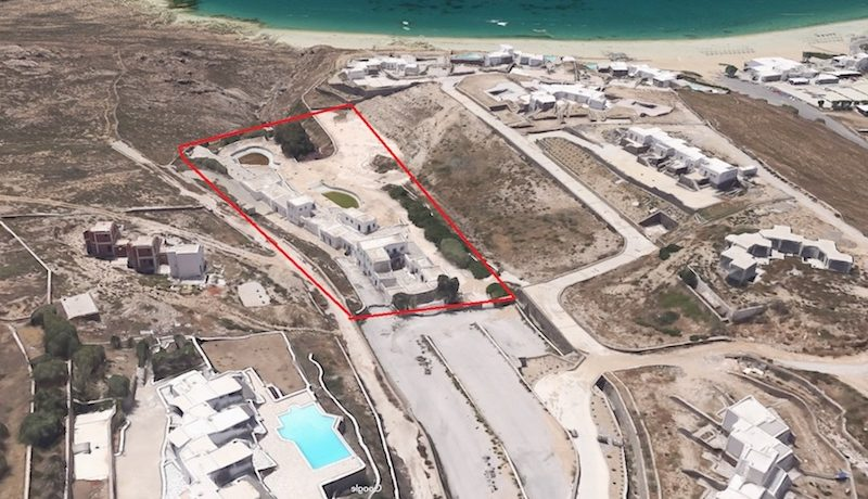 Property to be remodeled in a Luxury Suites Hotel in Mykonos 6