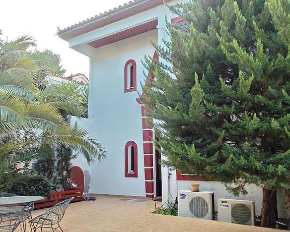 Seafront Villa Atitica FOr Sale 15