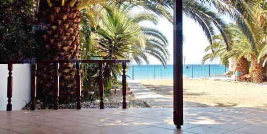 Villa with Direct Sea Access for sale in Kineta, Attica