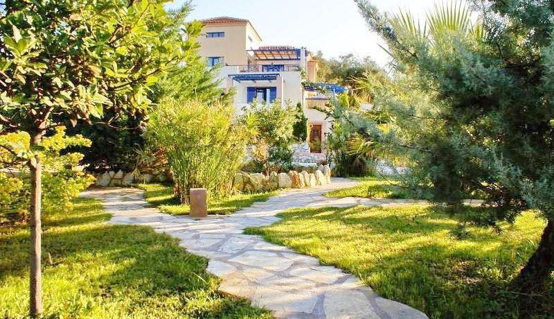 Skiathos Villa with Sea View 11