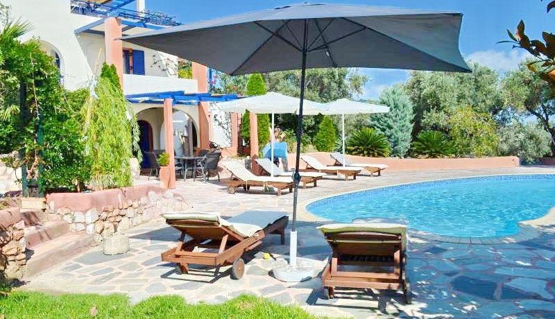 Skiathos Villa with Sea View 18