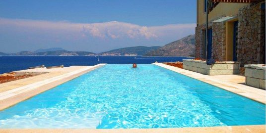 Villa with Direct Sea Access at Lefkada with amazing View