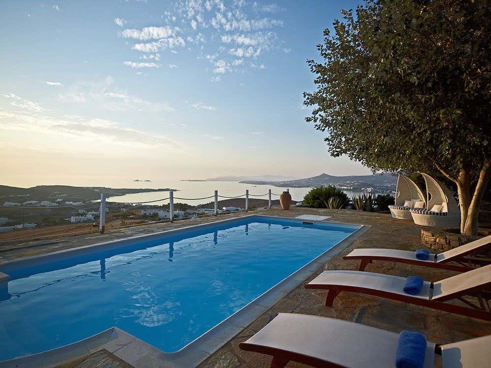 Villa With Private Pool in Paros for Rent