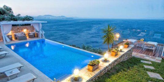 Villa at Agni beach Corfu with Stunning Views