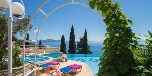Luxury villa near Nissaki for sale with swimming pool, Corfu