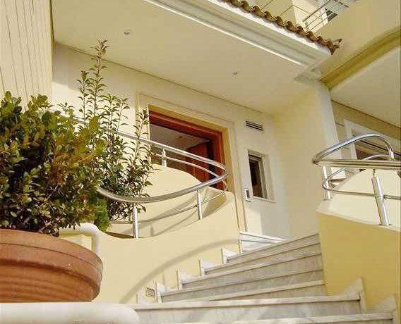 Villa with Pool Vouliagmeni Athens 7