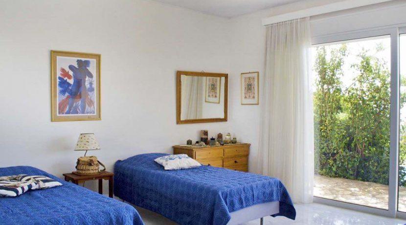 Villa with Pool near the sea Attica , Sounio 5