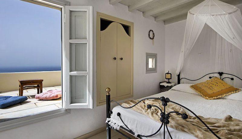 House Finikia Santorini for sale 3